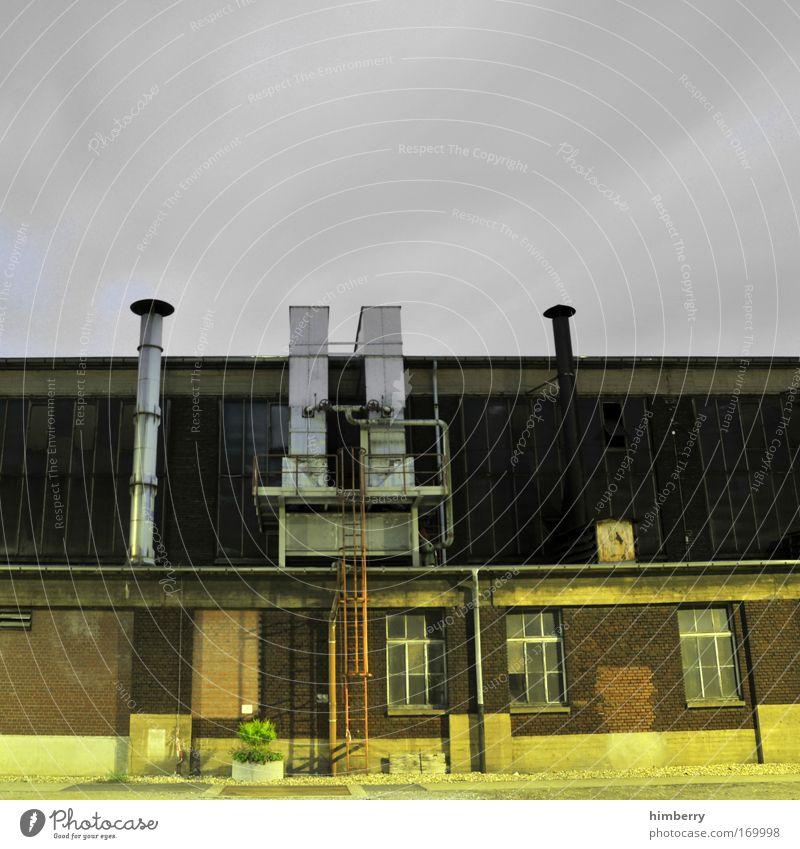 weihnachtsbäckerei alt dunkel Wand Mauer Gebäude Architektur Fassade Energiewirtschaft Industriefotografie Fabrik Baustelle einzigartig Handwerk Bauwerk Ruine