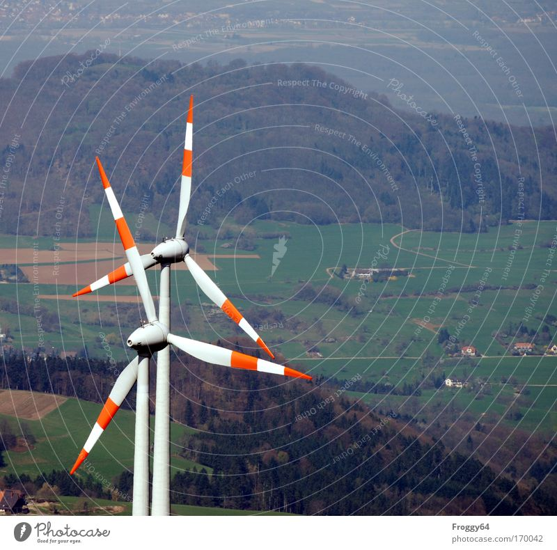 Neue Energie Berge u. Gebirge Wind Umwelt Energiewirtschaft Technik & Technologie Klima Sturm Windkraftanlage Gipfel Motor Umweltschutz Klimawandel Erneuerbare Energie