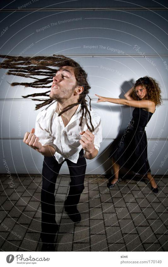 schwungvoll nach vorn Frau Mensch Mann Jugendliche weiß schwarz feminin Stil Bewegung Haare & Frisuren grau Paar Freundschaft Erwachsene maskulin