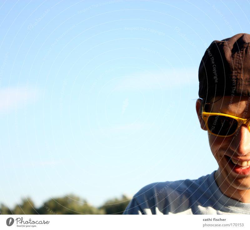 gelbe brille Mensch Himmel Jugendliche blau Sonne Sommer Freude Erwachsene Gesicht Leben Brille Kopf Glück lachen Stimmung