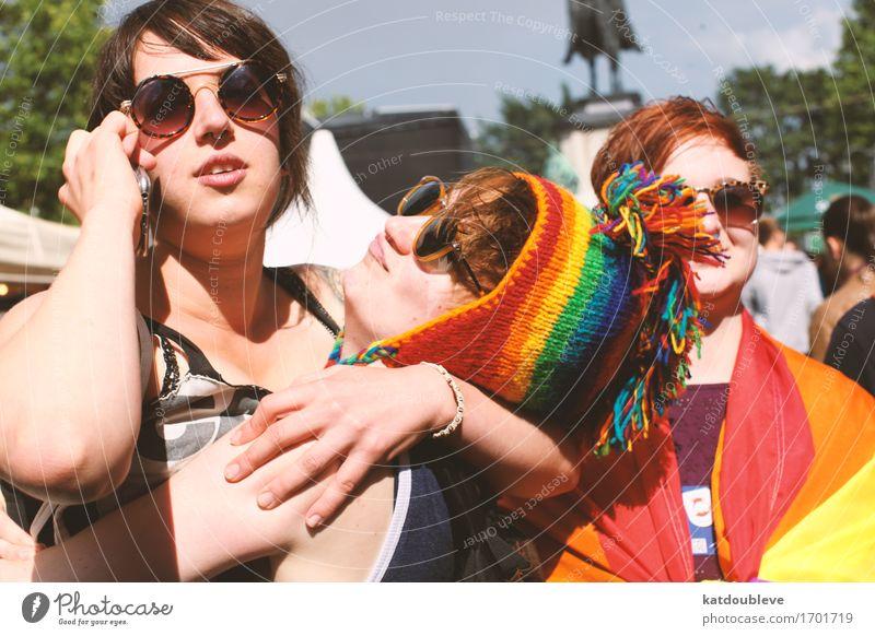 gay day 2 Liebe feminin lachen Glück Freiheit Zusammensein Freundschaft träumen frei Beginn Lächeln Sex Zukunft Coolness Hilfsbereitschaft Freundlichkeit