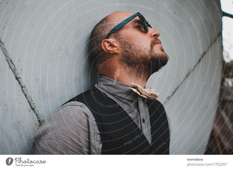 cooler Mann mit Sonnenbrille Mensch Jugendliche 18-30 Jahre Erwachsene Lifestyle Stil Mode Haare & Frisuren hell maskulin elegant modern ästhetisch kaufen