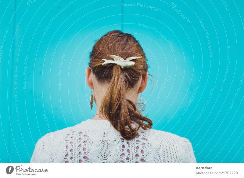 Mädchen Pferdeschwanz Haar schön Haare & Frisuren feminin Junge Frau Jugendliche Erwachsene Kopf Rücken 1 Mensch Accessoire Schmuck brünett rothaarig Pony gut