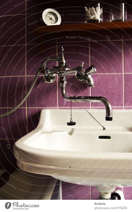 Lavendelbad Wasser weiß Haus ruhig Erholung Stein Traurigkeit Stil Gebäude Innenarchitektur Raum Wohnung nass Häusliches Leben Dekoration & Verzierung Bad