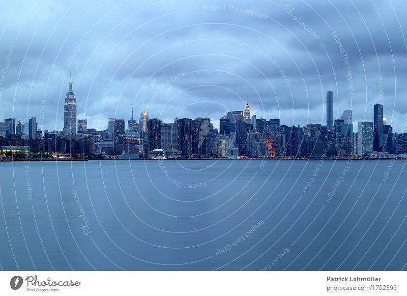 Blaues New York Ferien & Urlaub & Reisen Tourismus Ferne Sightseeing Städtereise Arbeitsplatz Wirtschaft Kapitalwirtschaft Umwelt Landschaft Wasser Himmel