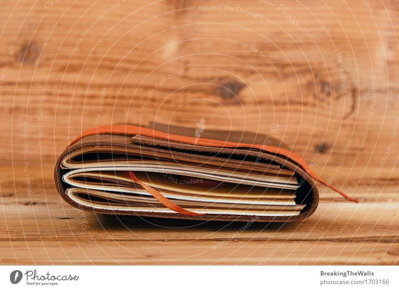 natürlich Lifestyle Holz Kunst braun Freizeit & Hobby elegant retro Tisch Idee Buch einzigartig Papier Bildung Leder Schreibwaren