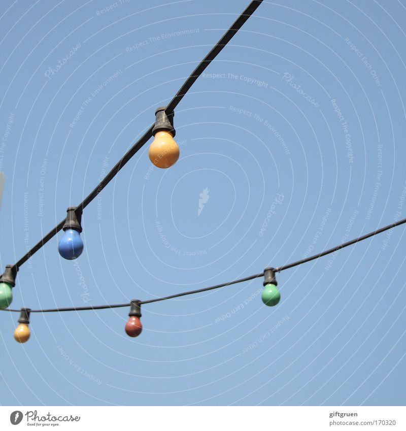 milky way Himmel Lampe hell Beleuchtung Elektrizität Netzwerk Dekoration & Verzierung hängen Idee erleuchten Straßenbeleuchtung Glühbirne Erkenntnis himmelblau Himmelskörper & Weltall
