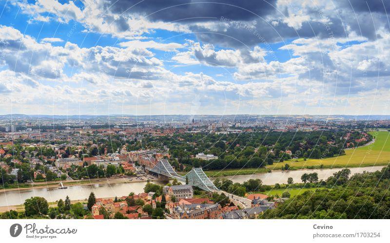 Dresden VI Tourismus Sightseeing Städtereise Sommerurlaub Landschaft Schönes Wetter Fluss Elbe Deutschland Europa Stadt Stadtrand Haus Brücke Verkehrsmittel
