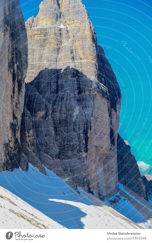 Im Schatten der Großen Zinne Himmel Natur Sommer Landschaft Berge u. Gebirge Umwelt kalt Schnee Felsen wandern gefährlich Italien Schönes Wetter Abenteuer