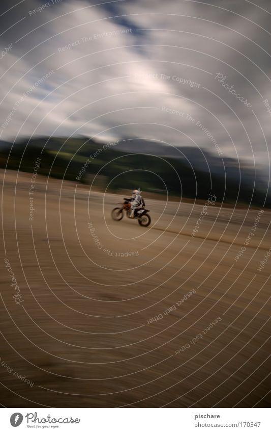 gaaaaaaaaaaaaaaaaaaaas!!! Himmel Ferne dunkel Sport Erde braun außergewöhnlich Abenteuer Geschwindigkeit gefährlich bedrohlich fahren Rennsport Stress Motorrad