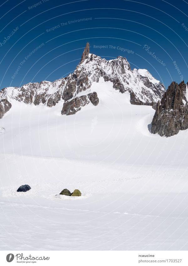 Gebirgsstützlager Chamonix, Frankreich Ferien & Urlaub & Reisen Tourismus Abenteuer Expedition Camping Winter Schnee Berge u. Gebirge wandern Sport Klettern