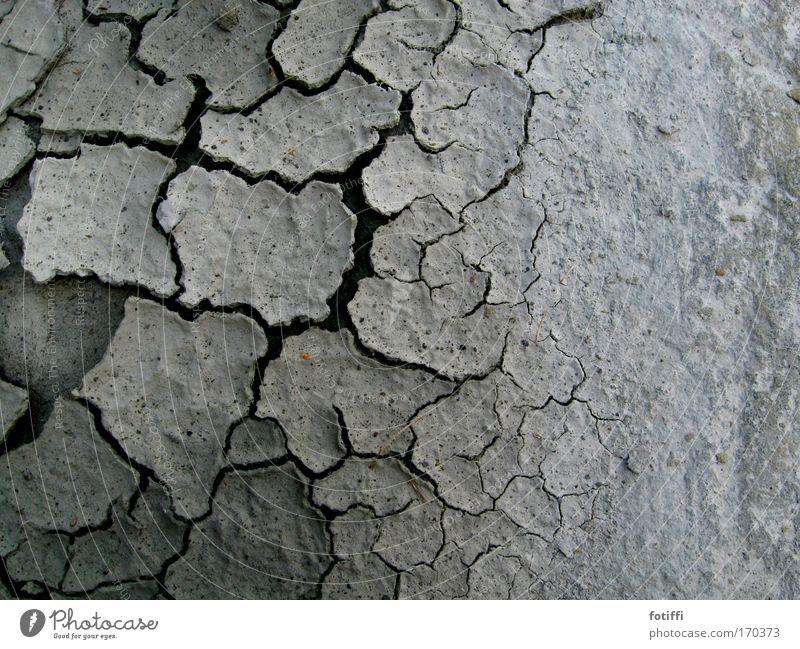 sprödnis Natur schön weiß Einsamkeit grau Sand Erde trist trocken Dürre Durst Ödland Erschöpfung Felsspalten Gesteinsformationen schlammig