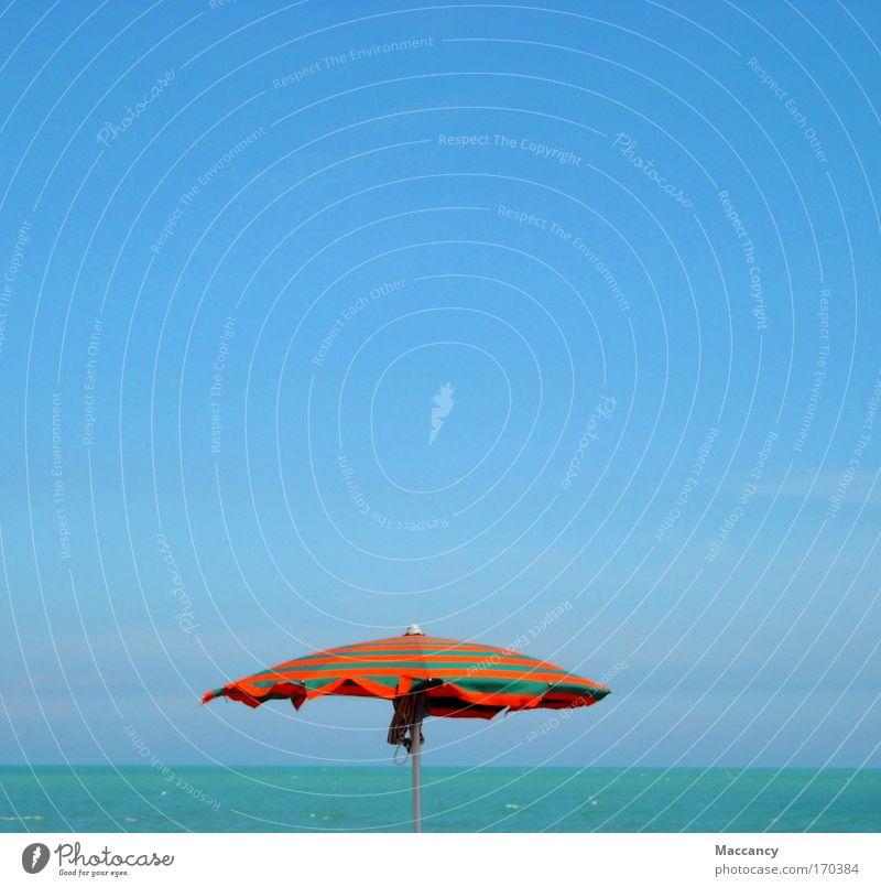 Auch am Meer kann es mal regnen! Wasser Sommer Freude Strand Ferien & Urlaub & Reisen ruhig Ferne Farbe Leben Erholung Denken Sand Wärme Zufriedenheit