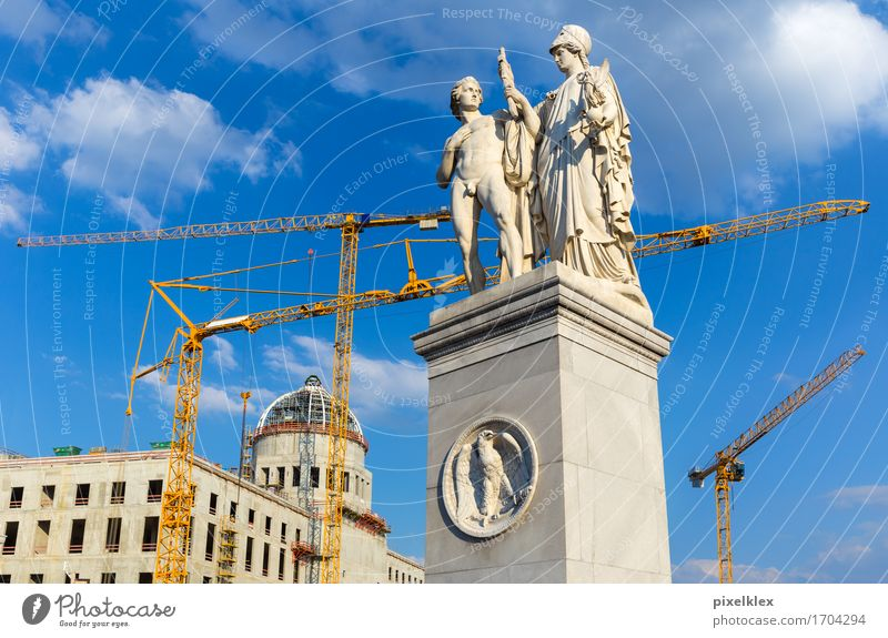 Richtfest am Berliner Stadtschloss Museum Skulptur Deutschland Hauptstadt Stadtzentrum Palast Bauwerk Gebäude Architektur Burg oder Schloss Baustelle