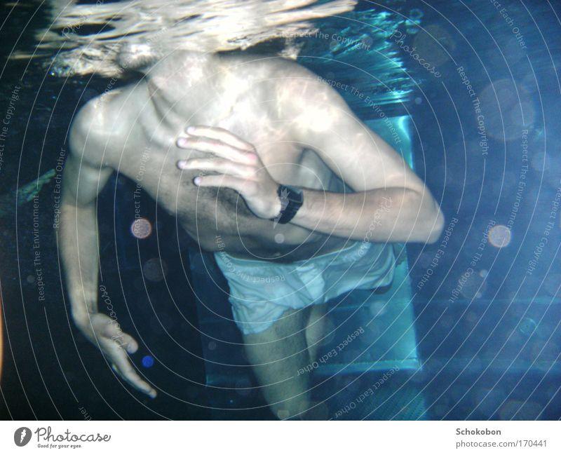 man under water 1 Mensch Mann Jugendliche blau Wasser Hand Ferien & Urlaub & Reisen Meer ruhig Erwachsene Erholung Freiheit Beine Schwimmen & Baden Körper Regen