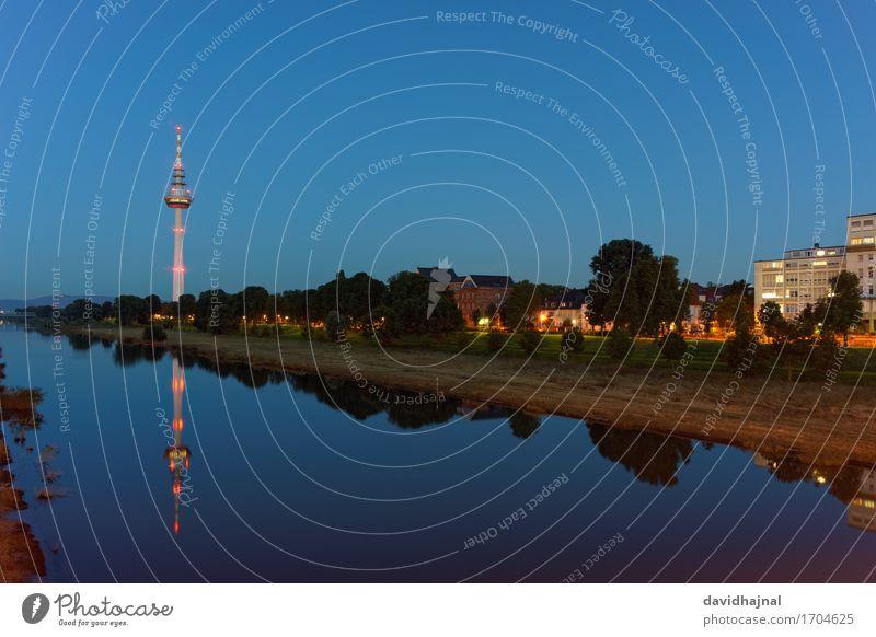 Fernmeldeturm Sightseeing Städtereise Medienbranche Telekommunikation Technik & Technologie Informationstechnologie Natur Landschaft Wasser Himmel