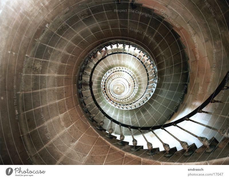 Wendeltreppe oben Architektur hoch Kreis Treppe abwärts Drehung