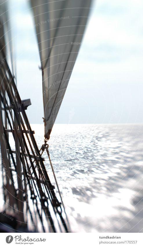 auf und davon Wasser Sonne Meer Sommer Ferien & Urlaub & Reisen ruhig Wasserfahrzeug Zufriedenheit Wellen Wind frei Seil Horizont Ausflug Tourismus