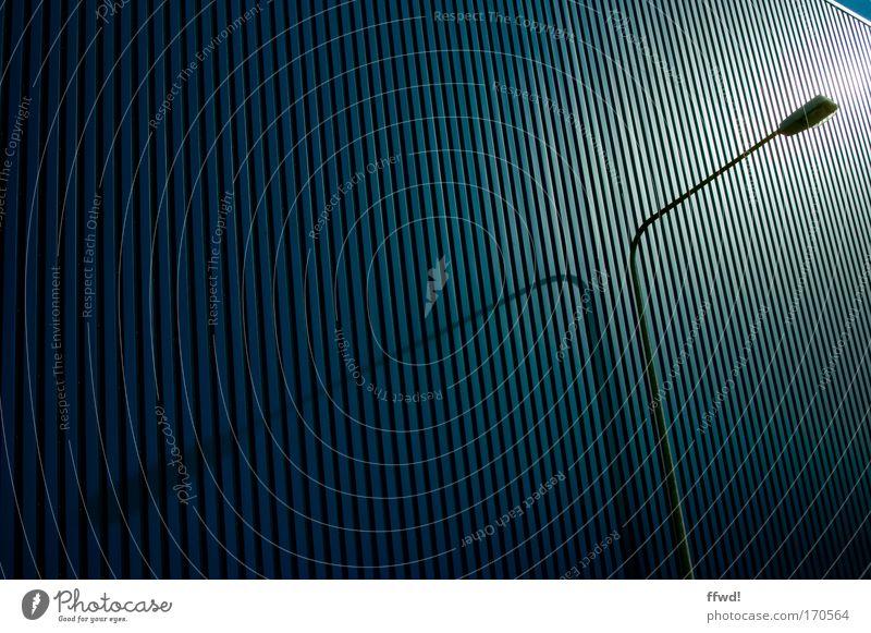 [PC-Usertreff Ffm]: Frankfurter Geripptes Wand Architektur Stil Gebäude Mauer Lampe Zufriedenheit Kraft elegant Fassade Ordnung hoch Design Energiewirtschaft