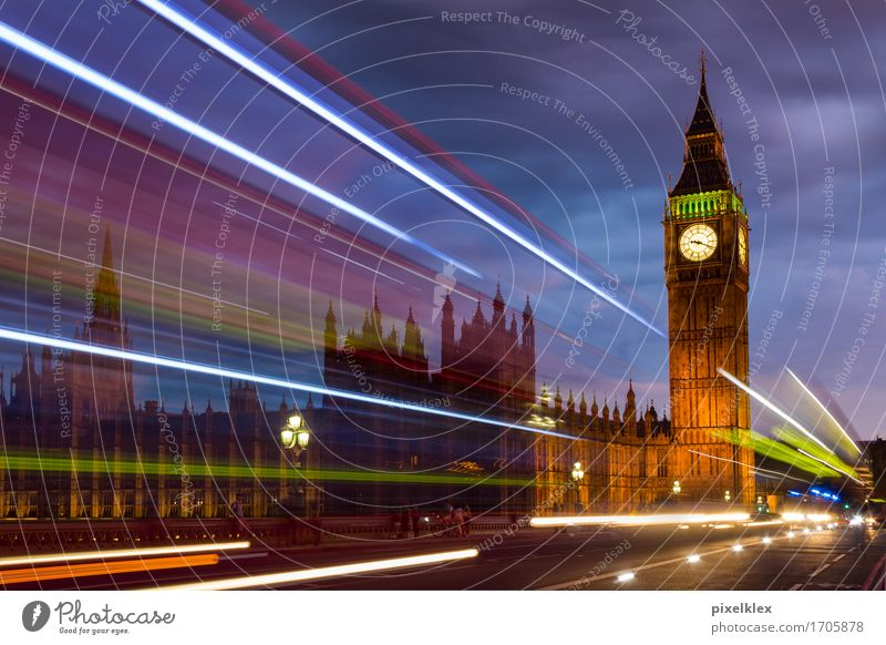 Bus auf der Waterloo Bridge Ferien & Urlaub & Reisen Tourismus Ausflug Sightseeing Städtereise Nachtleben London Großbritannien England Stadt Hauptstadt