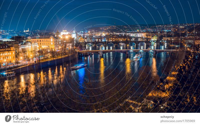 Nacht Prag Stadt Brücke Ferien & Urlaub & Reisen Tschechien Panorama (Aussicht) Farbfoto Licht Schatten Kontrast Nachtaufnahme Hauptstadt Millionenstadt