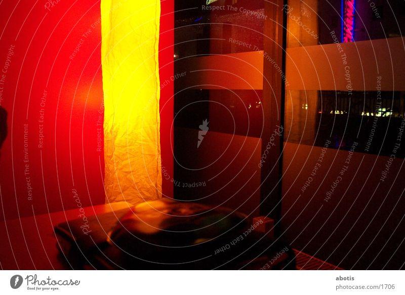 night bar Hannover Lampe Club gelbe seiten Rotlicht. Schaufenster