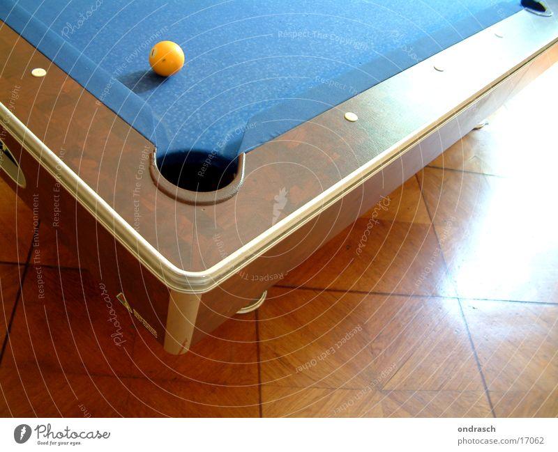 Einlochen II Billard Tisch Freizeit & Hobby Schwimmbad Bar 8 rund Gastronomie Spielen Kugel Rolle Kneipe