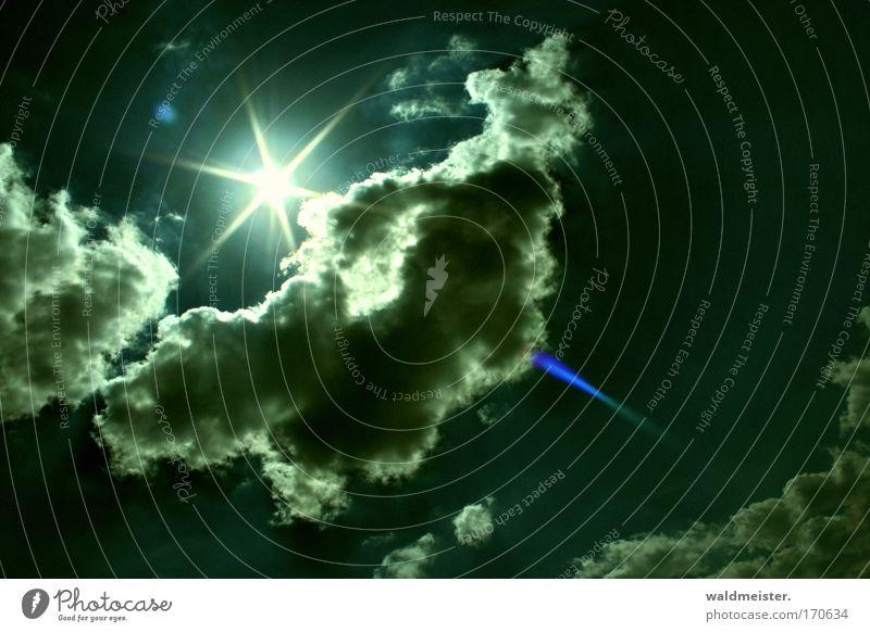 Sonne Himmel Sommer Wolken Energie Energiewirtschaft Sonnenenergie Strahlung Textfreiraum Blendenfleck