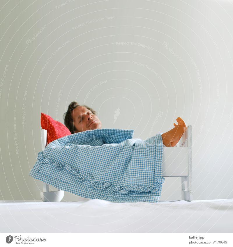 wiege der menschheit Farbfoto Innenaufnahme Studioaufnahme Experiment Textfreiraum oben Tag Totale geschlossene Augen Lifestyle Gesundheit Wellness harmonisch