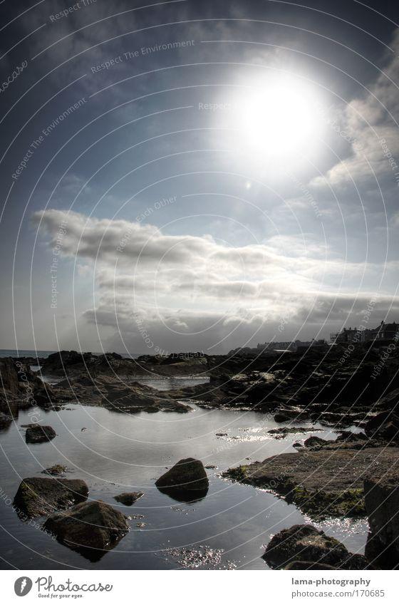 Out of Space Natur Wasser Himmel Sonne Meer blau Wolken Landschaft Küste groß Felsen Weltall Bucht Schönes Wetter Surrealismus Planet