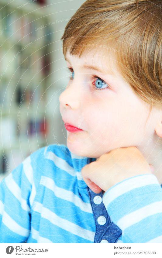 wovon wir träumten Mensch Kind blau schön Hand Gesicht Auge Liebe Junge Familie & Verwandtschaft Glück Haare & Frisuren Kopf träumen Zufriedenheit Körper