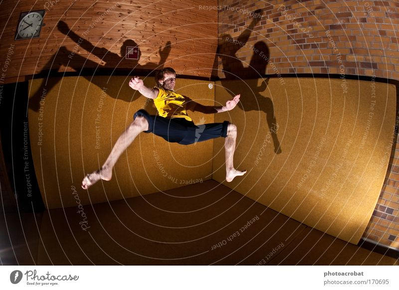 Matrix Spiderman Freude Sport Stil Bewegung Freiheit Kraft elegant fliegen verrückt Lifestyle Coolness Fitness einzigartig Unendlichkeit Konzentration