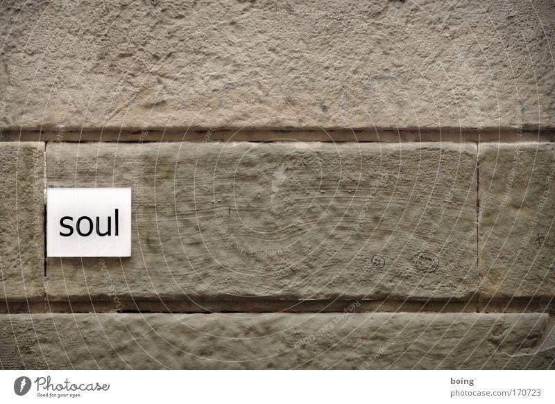 I´ve got soul Außenaufnahme Show Musik hören Konzert Sänger Compact Disc Radio Fassade Schriftzeichen Hinweisschild Warnschild Gefühle Menschenleer