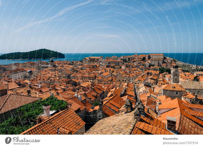 Dubrovnik Xlll Himmel Ferien & Urlaub & Reisen Pflanze Sommer Stadt Wasser Meer Haus Fenster Architektur Wand Gebäude Mauer Fassade Kirche Insel