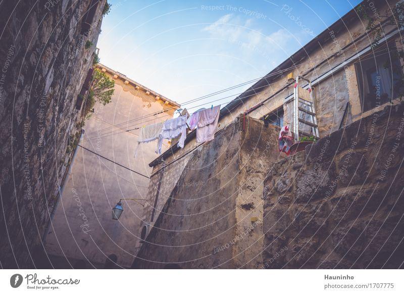 Dubrovnik l Ferien & Urlaub & Reisen Stadt alt blau Pflanze Sommer Haus Fenster Wand natürlich Mauer grau braun Fassade Wohnung Freizeit & Hobby