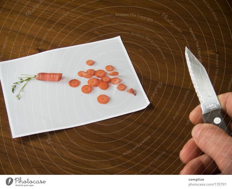»Hattu Möhrchen?« Mensch Mann Hand Erwachsene Ernährung Lebensmittel Essen Wohnung Freizeit & Hobby Finger Kochen & Garen & Backen Küche Kreativität Gemüse