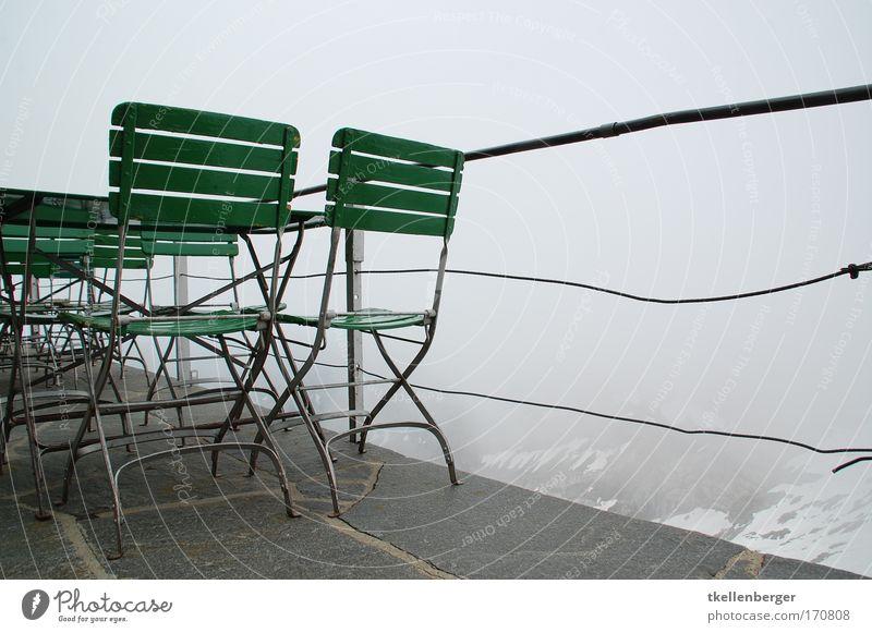 Nebelsitzung weiß grün ruhig schwarz Wolken Leben Gefühle Berge u. Gebirge grau Luft Stimmung Ausflug Tisch Tourismus Stuhl