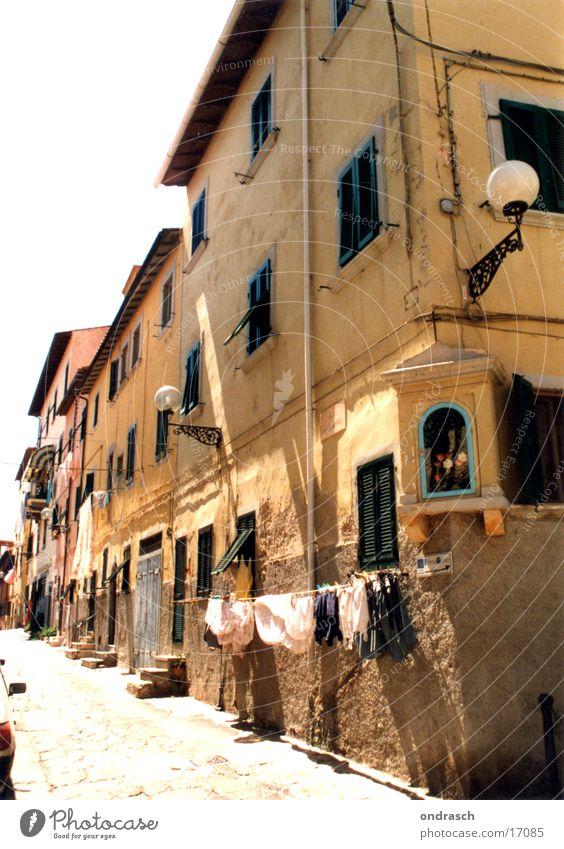 Via Santa Maria Sommer Haus Straße Italien heilig Stadtzentrum Wäsche Süden Ikonen Waschtag