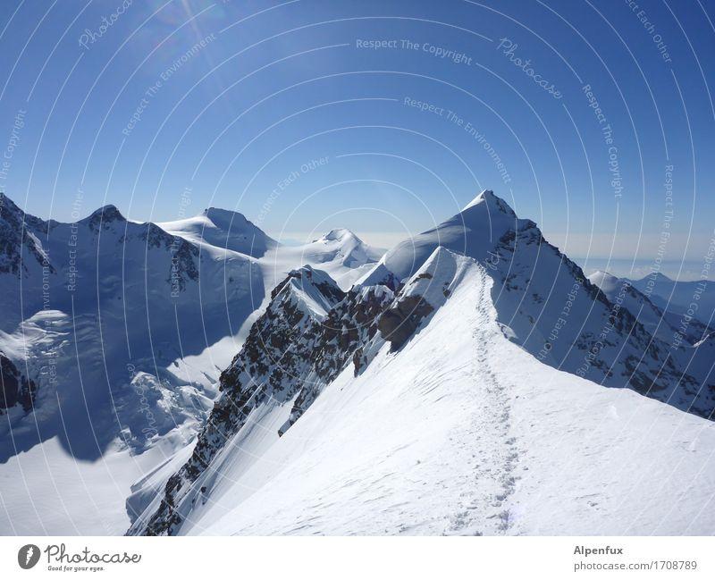 Stairway to Heaven Natur Landschaft Berge u. Gebirge Umwelt Schnee Freiheit Felsen Angst Eis Kraft Erfolg Schönes Wetter Abenteuer Gipfel Frost Alpen