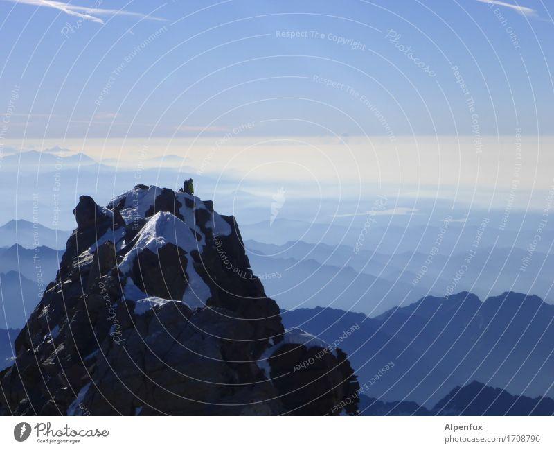 Top of swiss III Klettern Bergsteigen Bergsteiger Umwelt Natur Landschaft Wolkenloser Himmel Schönes Wetter Hügel Felsen Alpen Berge u. Gebirge Monte Rosa