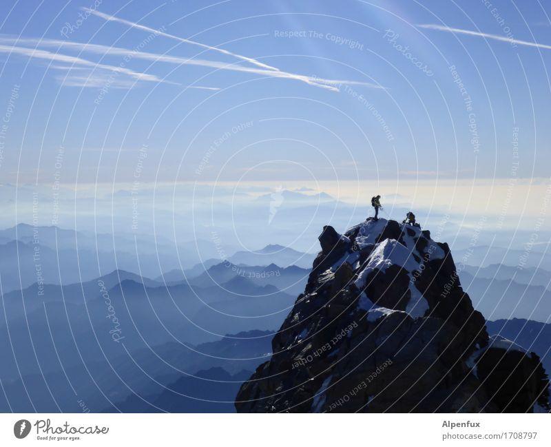 Blaues Piemont Klettern Bergsteigen Seilschaft Umwelt Natur Landschaft Wolkenloser Himmel Schönes Wetter Hügel Felsen Alpen Berge u. Gebirge Monte Rosa