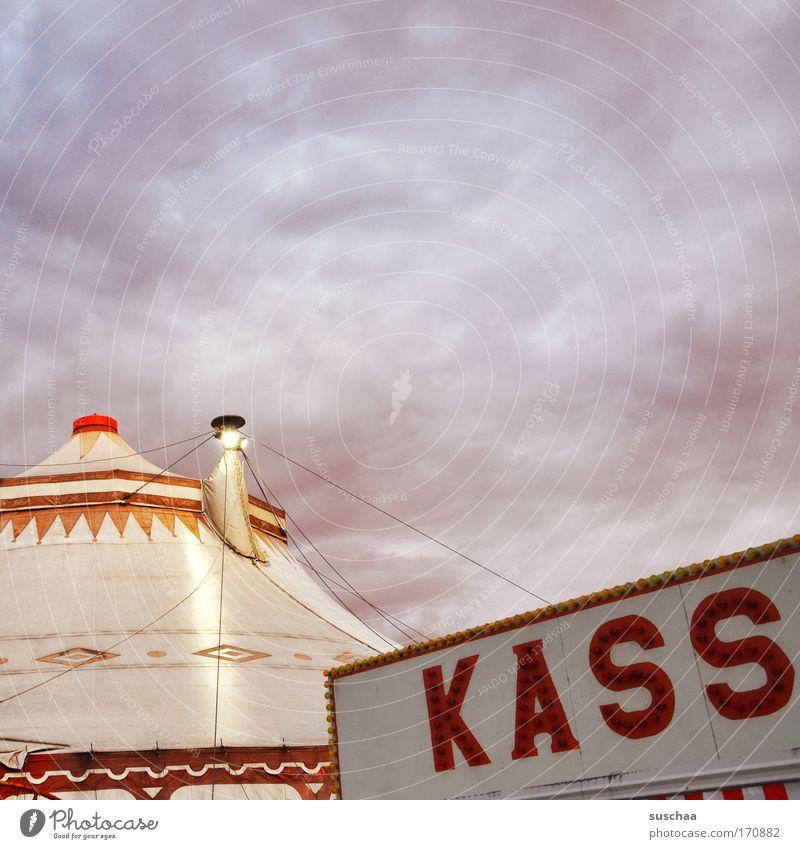 KASS .. Farbfoto Außenaufnahme Detailaufnahme Textfreiraum oben Dämmerung Zirkus zelt Show Dach bezahlen eintritt Himmel Wolken darbietung vorführung kasse
