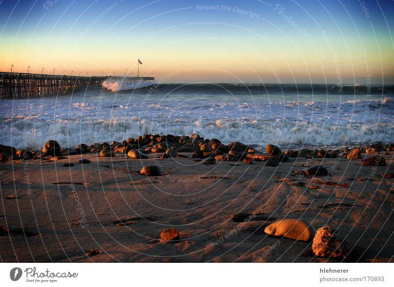 Natur Wasser Meer Strand Sand Wellen Küste Wetter Umwelt Kraft Macht gefährlich Sturm Unwetter Anlegestelle Urelemente