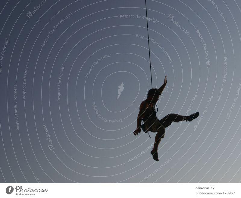 herumhängen Gegenlicht Freizeit & Hobby Ferien & Urlaub & Reisen Freiheit Sommerurlaub Sport Klettern Bergsteigen maskulin Mann Erwachsene 1 Mensch Badehose