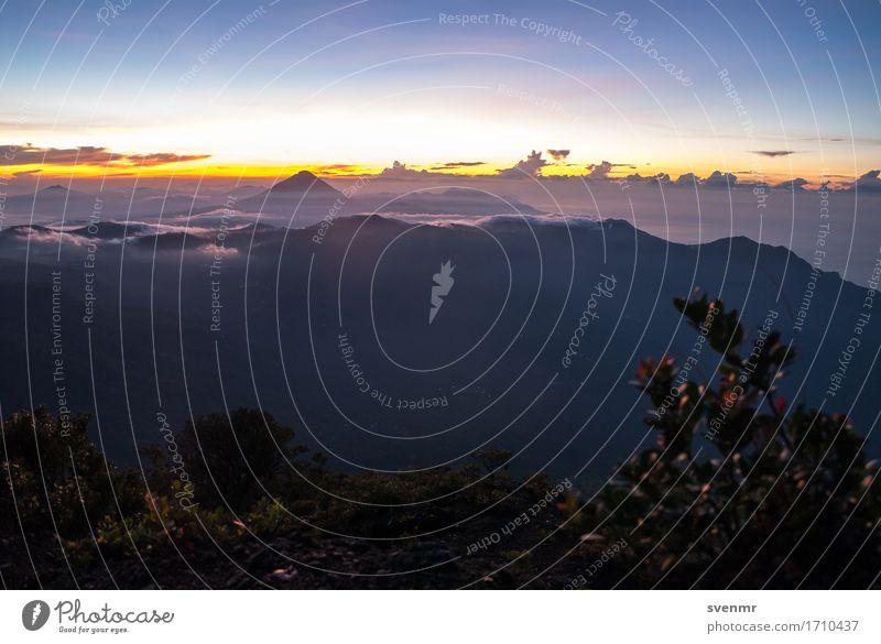 Inerie Sunrise Himmel Natur Ferien & Urlaub & Reisen Pflanze blau Sommer Landschaft Erholung Wolken ruhig Ferne Berge u. Gebirge Freiheit Stimmung orange wandern