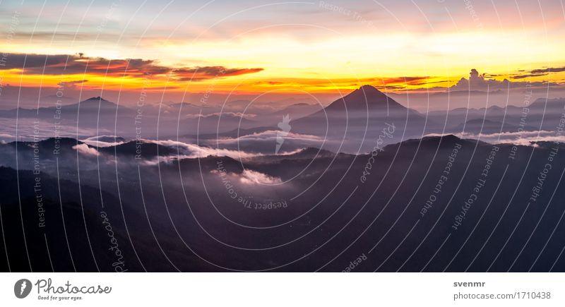 Inerie Sunrise 2 Himmel Natur Ferien & Urlaub & Reisen Landschaft Wolken ruhig Ferne Berge u. Gebirge Umwelt gelb außergewöhnlich Freiheit Stimmung Tourismus Horizont Kraft