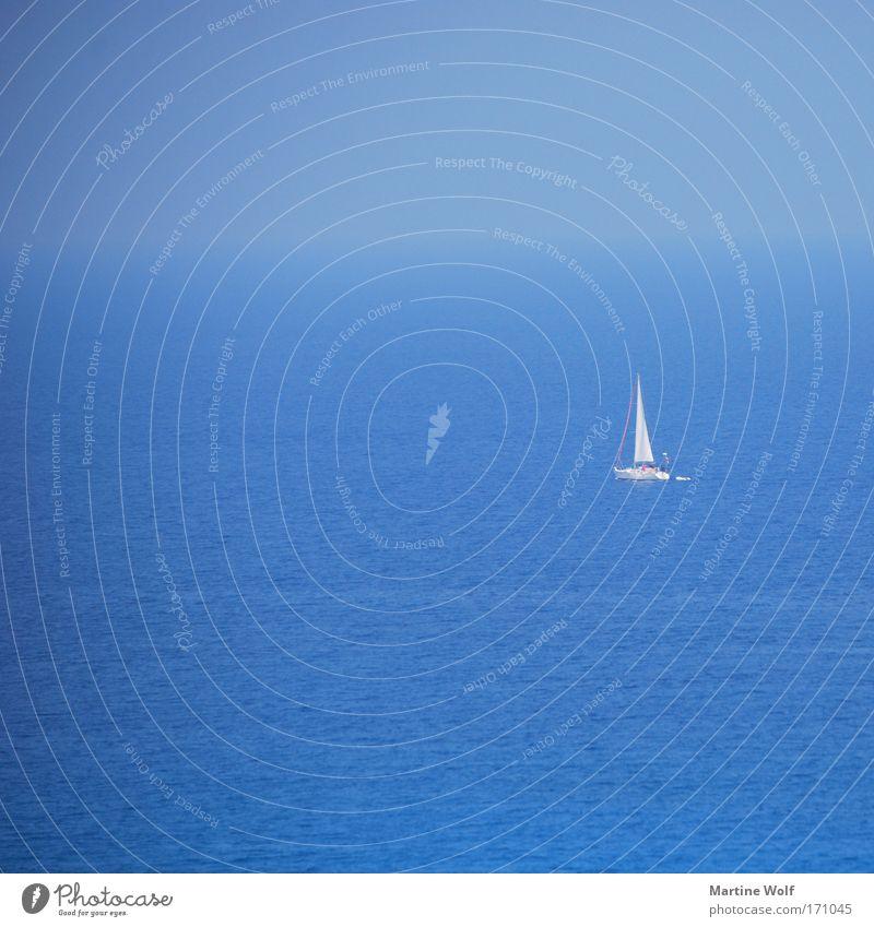 allein auf hoher See Ferien & Urlaub & Reisen Abenteuer Ferne Freiheit Sommer Meer Segeln Wasser Wolkenloser Himmel Horizont Mittelmeer Italien Kalabrien Europa