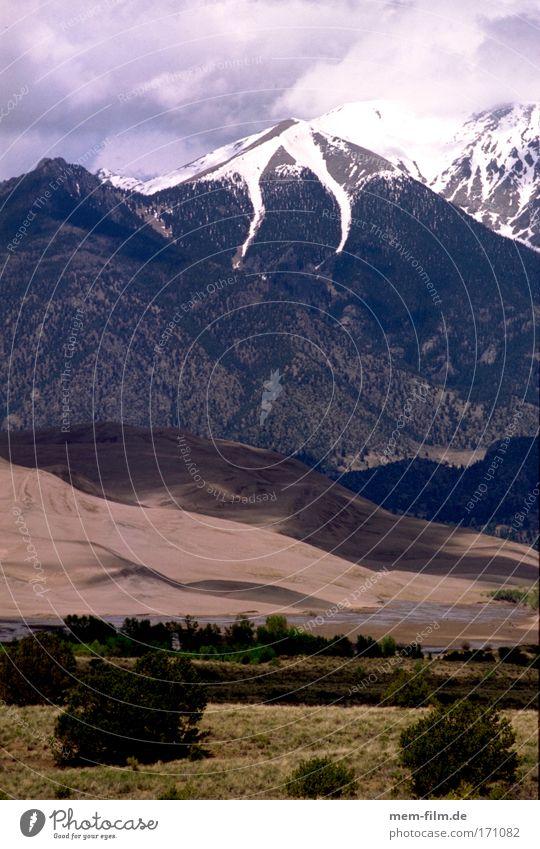 steppe wüste berge Steppe Wüste Berge u. Gebirge Landschaft Sträucher Utah usa Übergang Kontrast Pflanze lebensrum Western film drehort Kulisse