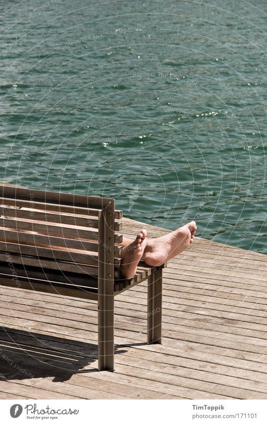 Kopf aus, Füße hoch Sonnenlicht Ferien & Urlaub & Reisen Tourismus Ausflug Ferne Freiheit Sommer Sommerurlaub Sonnenbad Strand Meer Erholung schlafen Sonnenbank
