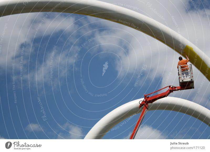 Wurm Mensch Himmel Mann Sommer Wolken Erwachsene Kunst außergewöhnlich Deutschland maskulin Zufriedenheit Beton Schönes Wetter Coolness Leidenschaft Skulptur
